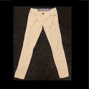Juniors Cream Colored Skinny Jeans Size 1